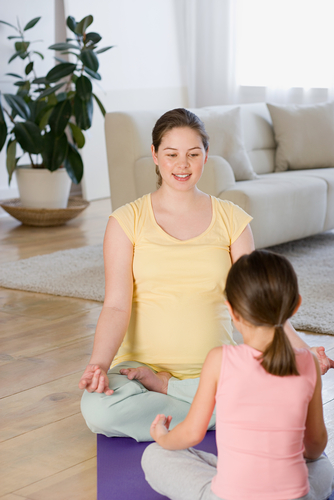 Article: Kids' Yoga for Bedtime